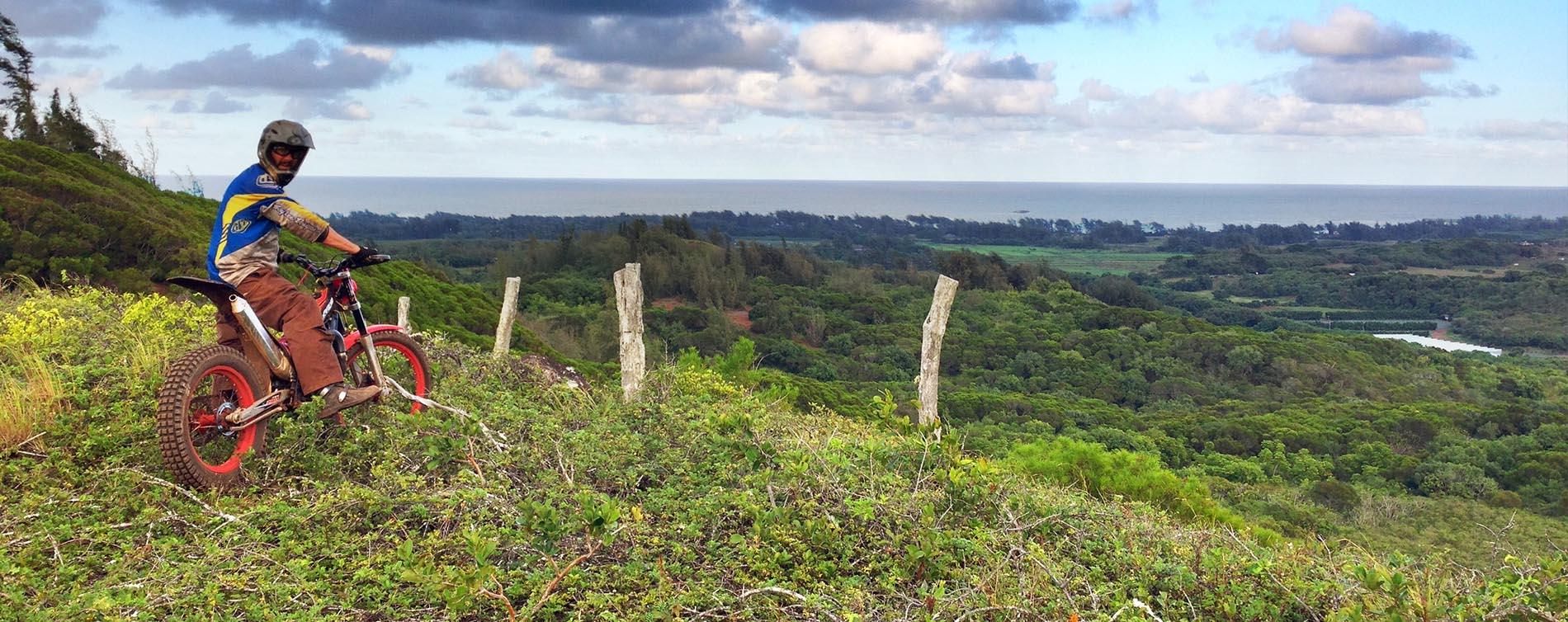 Hike above kahuku